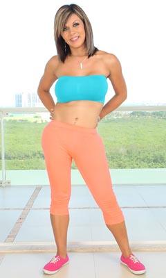 Naomi Chi