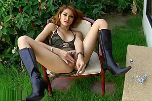 lusty Trans Pulling Her ramrod Like she Wants