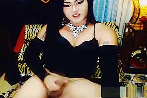 nice-looking tgirl Jerking Her cock On webcam