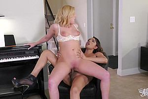 Jessica Fox & Kate England in A Lesson in D major - TransAngels