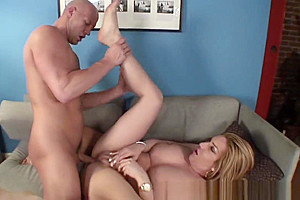Lizey Chris Has superlatively wonderful Sex On The couch