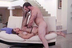 Shemale real estate agent Tori Mayes suck and anal by client