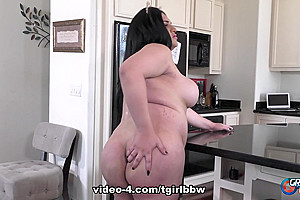 Meet Romina Lover - TGirlBBW