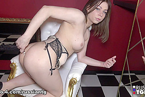 Snow White Goes Nude And Naughty - Russian-TGirls