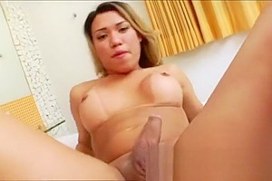 Curvy TS Yume Farias pleases her cock in this awesome solo