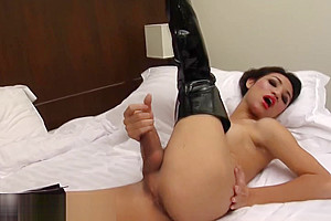 Helen in black latex boots