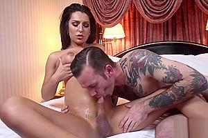 Cumsprayed ts domina getting her cock sucked