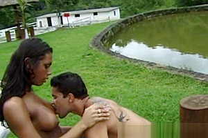 Laryssa and Mauro in exotic paradise