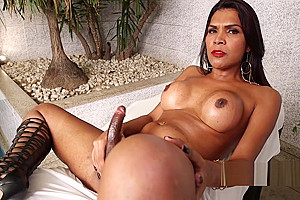 Brazilian sheshaft enjoy solo play