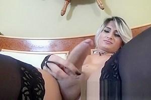 Ana Kelly Sensual Solo