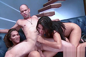 Horny shemale gets her ass fucked in threesome