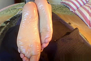 My oiled soft soles. Cd hypnotic wrinkled soles for your pleasure.