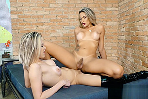 blonde Trans Beauties Bella Atrix And Barbara Perez Make passionate Love