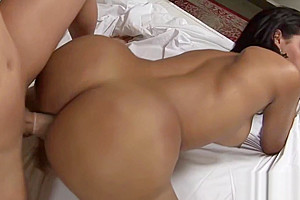 Shemale makes her lover lose control and cream her soaked ass