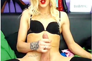 All black camshow