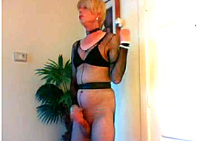 Wendy Jane fucks tranny