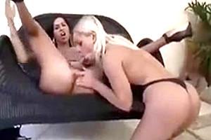 Hot trannies having a sex