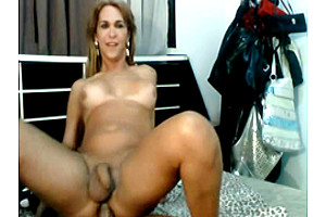 Brazilian beauty gets a big dick and a facial