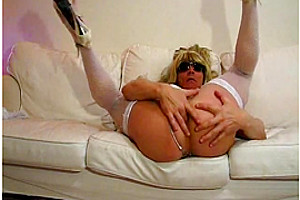 Solo Transsexual Toying & Fisting His Ass